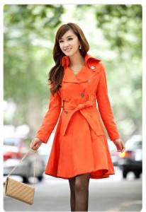 turuncu renk trençkot
